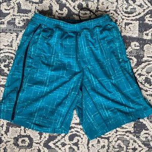 Lululemon men's shorts lined with a 9 inch inseam